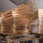Aufgeschnittene Treibholz-Rohlinge